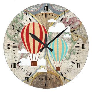 Carte antique chaude vintage du monde de ballons à grande horloge ronde