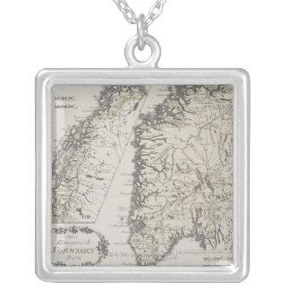 Carte antique de la Norvège Collier