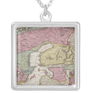 Carte antique de la Suède 2 Pendentif Carré