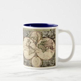 Carte antique du monde par Nicolao Visscher, circa Mug Bicolore