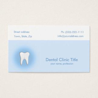 Carte blanche bleue simple de dent de clinique