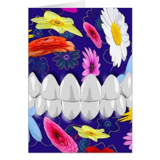 Carte blanche de dentiste de rotation de fleur de