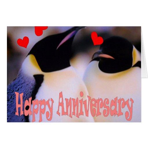 Carte d'anniversaire d'amour de pingouin d'empereu