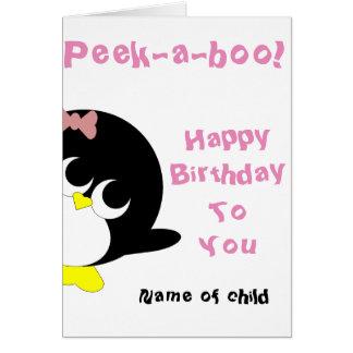 Carte d'anniversaire de pingouin pour la jeune