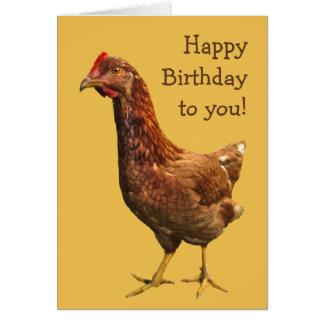 Carte d'anniversaire de poulet de poule de rouge