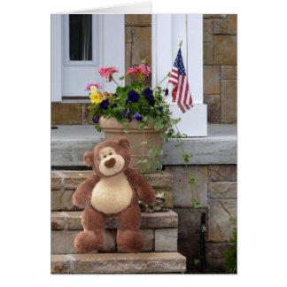 Carte d'anniversaire d'ours de nounours