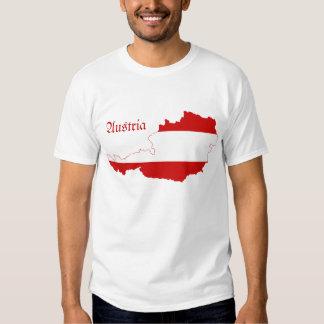 Carte de drapeau de l'Autriche T-shirt