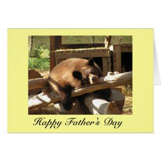 Carte de fête des pères - ours CUB de détente