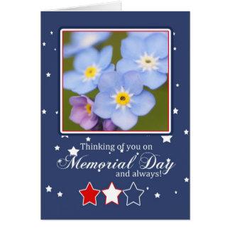 Carte de Jour du Souvenir avec des fleurs de