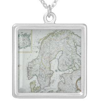 Carte de la Scandinavie Collier