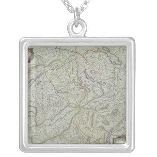 Carte de la Suisse Collier