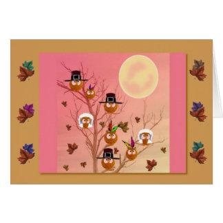 Carte de modèle de hiboux de thanksgiving