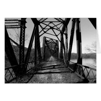 Carte de note abandonnée du pont b/w de rr