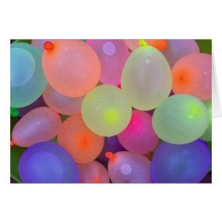 Carte de note de ballons d'eau d'amusement d'été