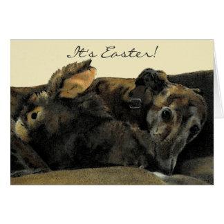 Carte de Pâques Brindle de lévrier et de lapin