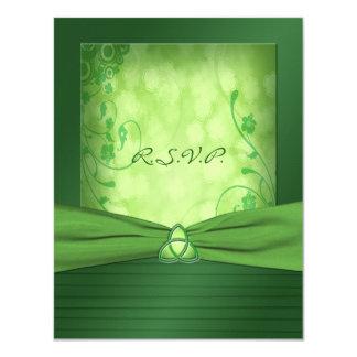 Carte- de réponse celtique de noeud d'amour du carton d'invitation 10,79 cm x 13,97 cm