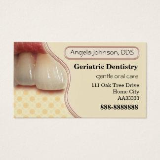 Carte de visite gériatrique élégant d'art dentaire