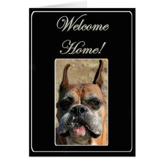 Carte de voeux à la maison bienvenue de chien de