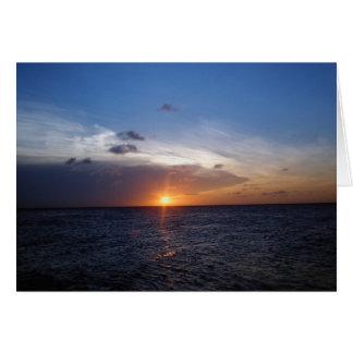 Carte de voeux de coucher du soleil d'océan