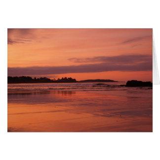 Carte de voeux de lever de soleil de plage de