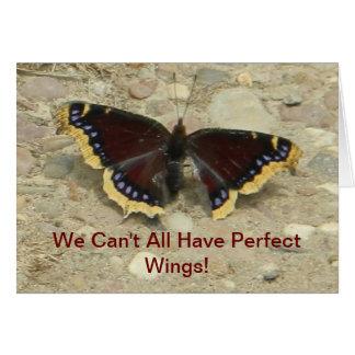 Carte de voeux de papillon de manteau de deuil