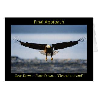 Carte de voeux d'Eagle chauve d'approche finale