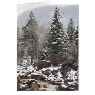 carte de voeux neigeuse de vacances de courant