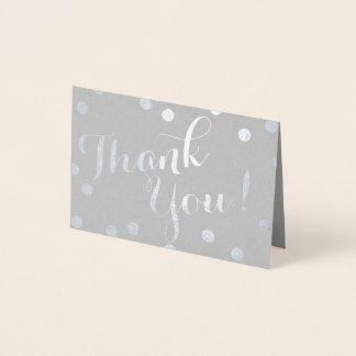Carte Dorée Les confettis d'aluminium argenté pointillent le