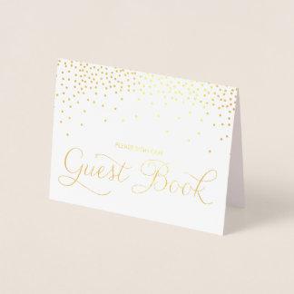 Carte Dorée Les confettis de feuille d'or pointillent le signe