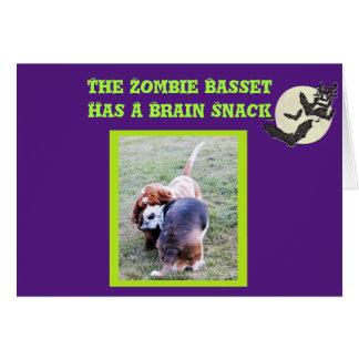 Carte drôle de Halloween de zombi de Basset Hound