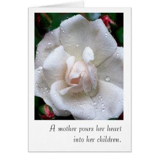 Carte du jour de mère avec le rose blanc