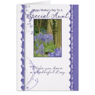 Carte du jour de mère, tante spéciale
