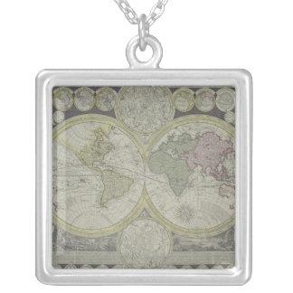 Carte du monde 7 collier