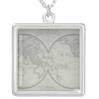 Carte du monde 9 collier