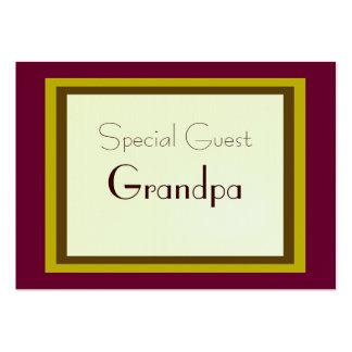 Carte enveloppée par cadeau d'invité spécial carte de visite grand format