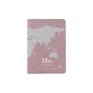 carte grise du monde sur le dusty_rose avec Mme Protège-passeport
