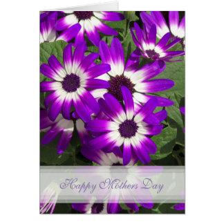 Carte heureuse de jour de mères de fleur pourpre