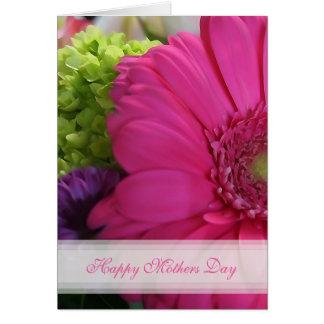 Carte heureuse de jour de mères de marguerite rose