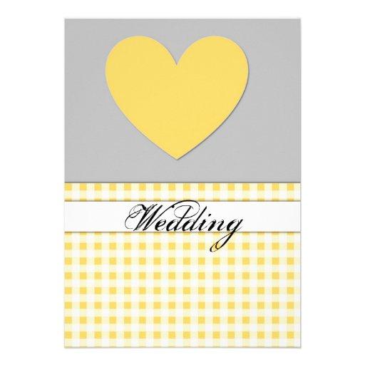 Carte jaune de faire-part de mariage de coeur de