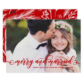 Carte Joyeuses et mariées vacances modernes rouges de