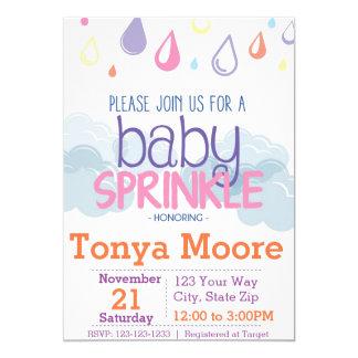 Carte Le bébé arrosent l'invitation de baby shower