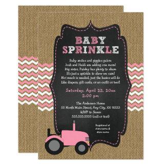 Carte Le bébé rose rustique de tracteur arrosent