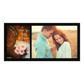 Carte Marguerites roses et bottes de cowboy épousant le