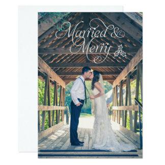Carte mariée et joyeuse de vacances de photo de