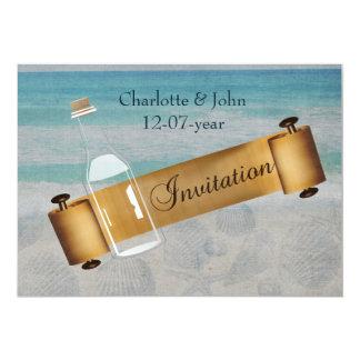 Carte Message dans un mariage de plage de bouteille