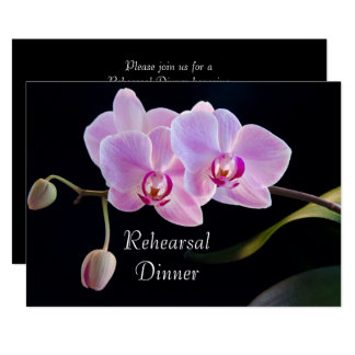 Carte Orchidée rose sur le dîner noir de répétition de