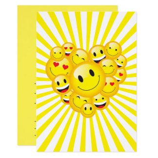 Carte Partie heureuse jaune d'éloge de visages de
