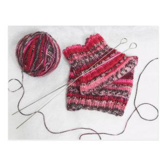 Carte Postale Aiguilles de tricot et boule de fil