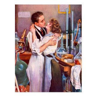 Carte Postale Amour dans le laboratoire