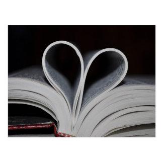 Carte Postale Amoureux des livres
